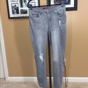 Jennifer Lopez skinny straight jeans. 8 short